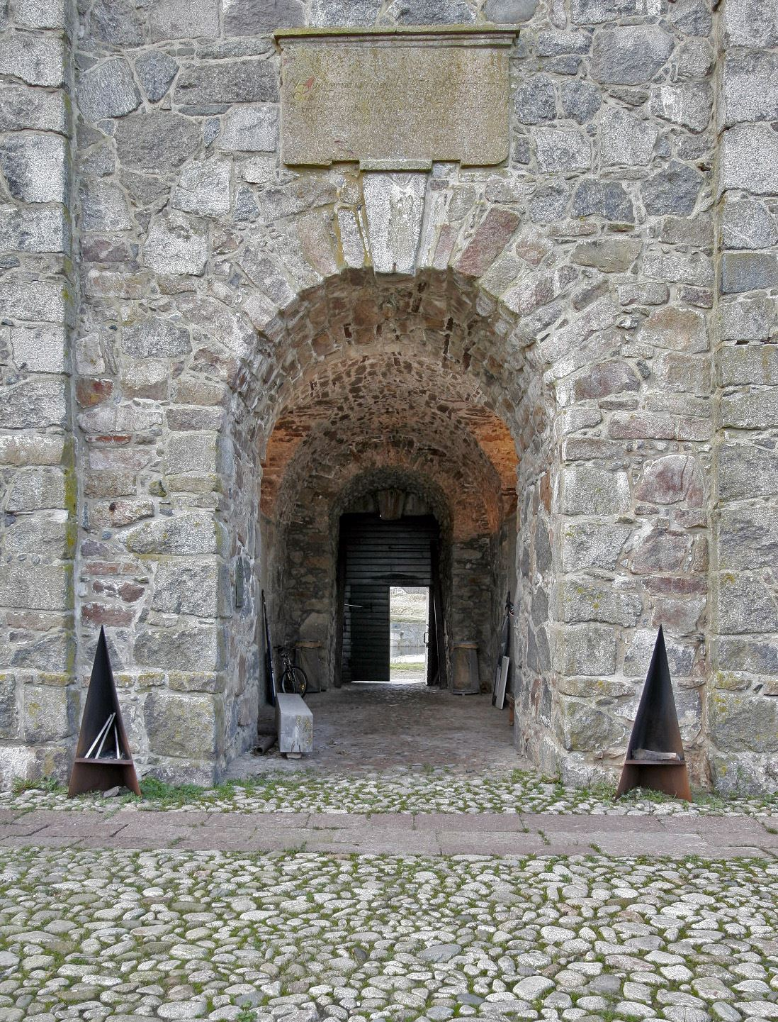 Archipelago Festival - FREE guided tour to Drottningskärs Citadel