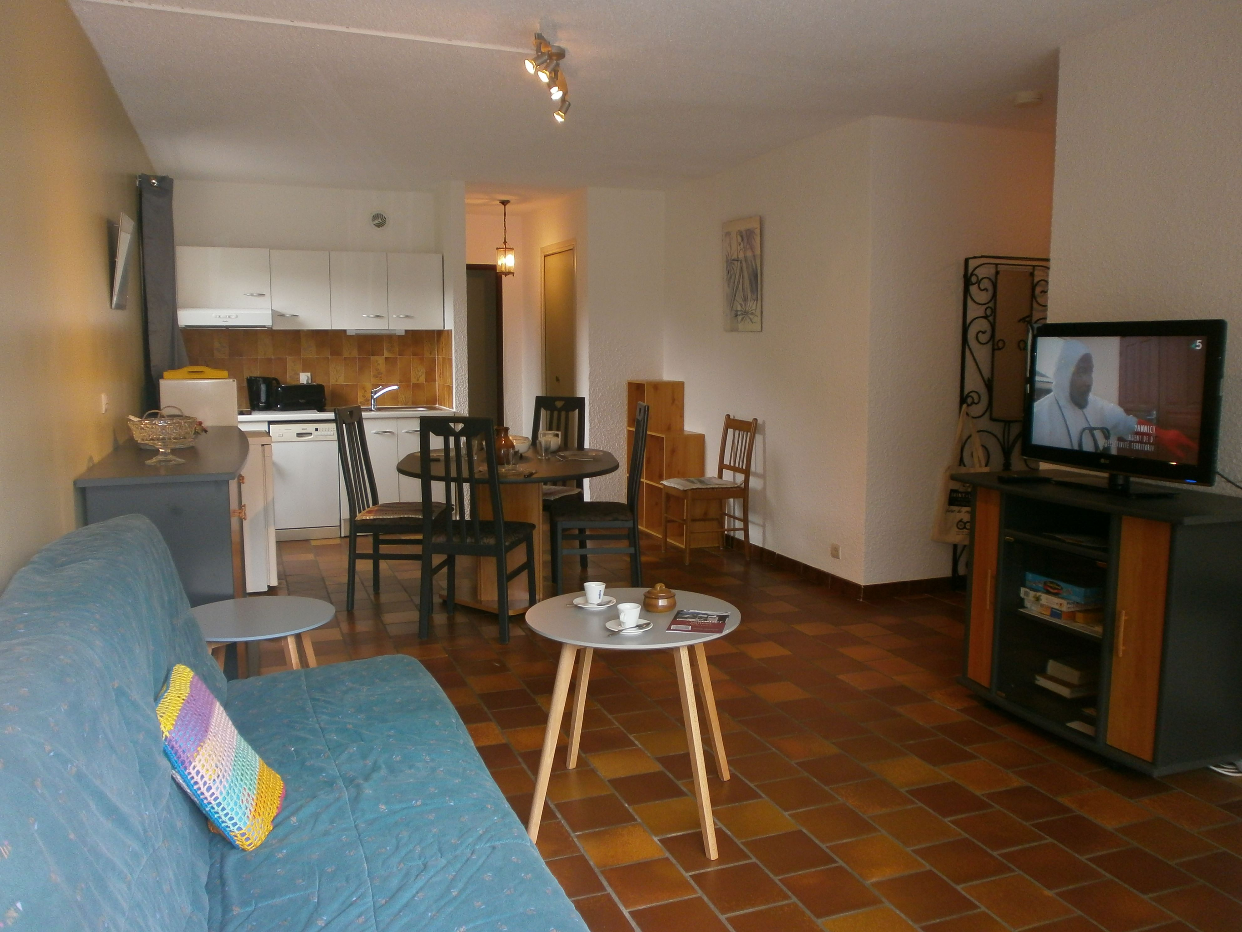 AGUT APPT 9 / 2 ROOMS 6 PERSONS