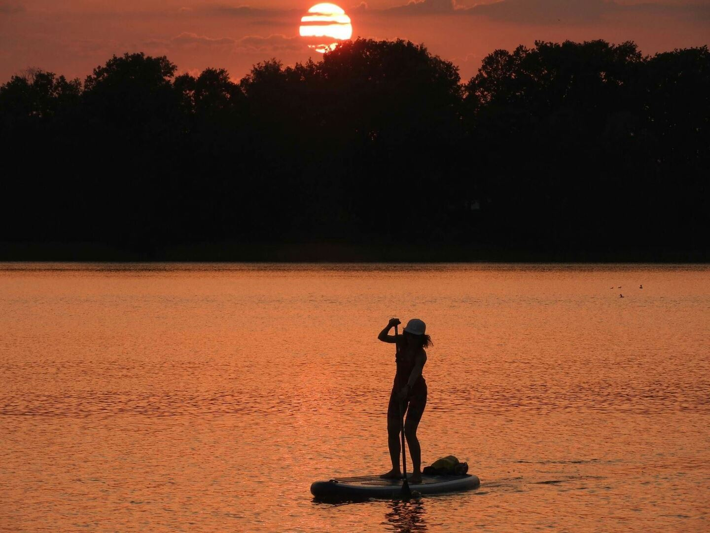 Stand Up Paddle - an exciting water activity