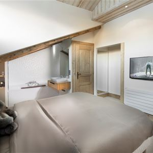 5 rooms, 8 people / Vanoise 42 (Mountain of Dream)