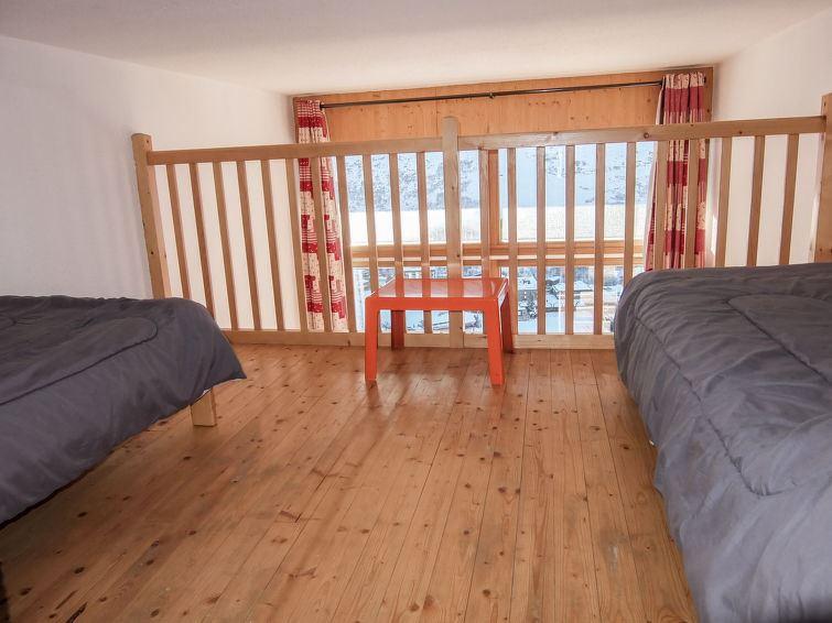 2 Room 6 Pers Ski-in Ski-out / DANCHET 1026