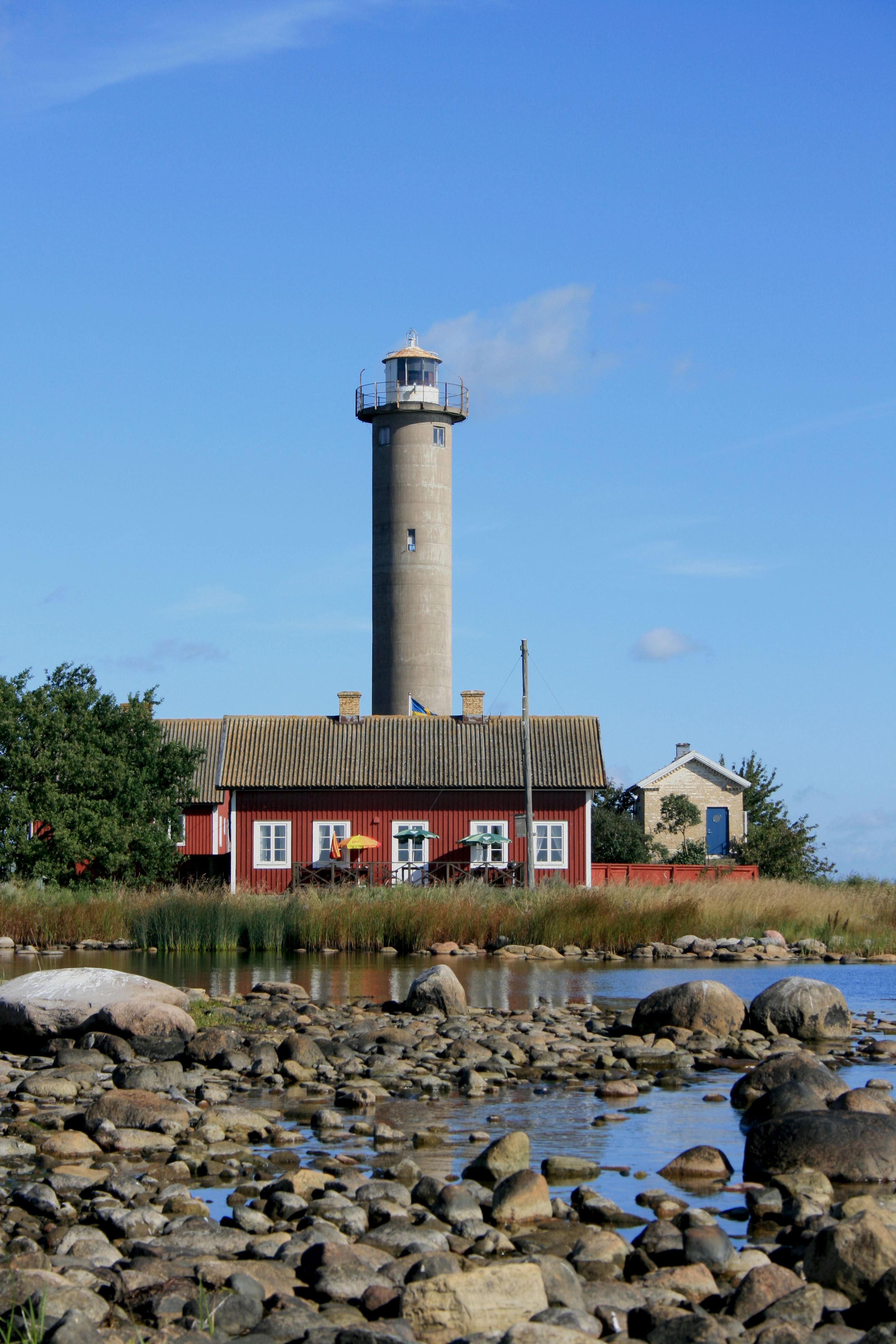 Garpen lighthouse island