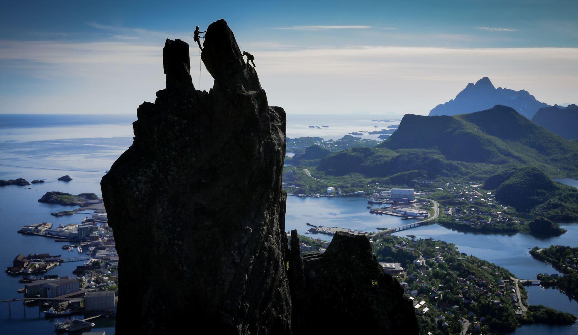 © Northern Alpineguides, Climb Svolværgeita - Northern Alpine guides