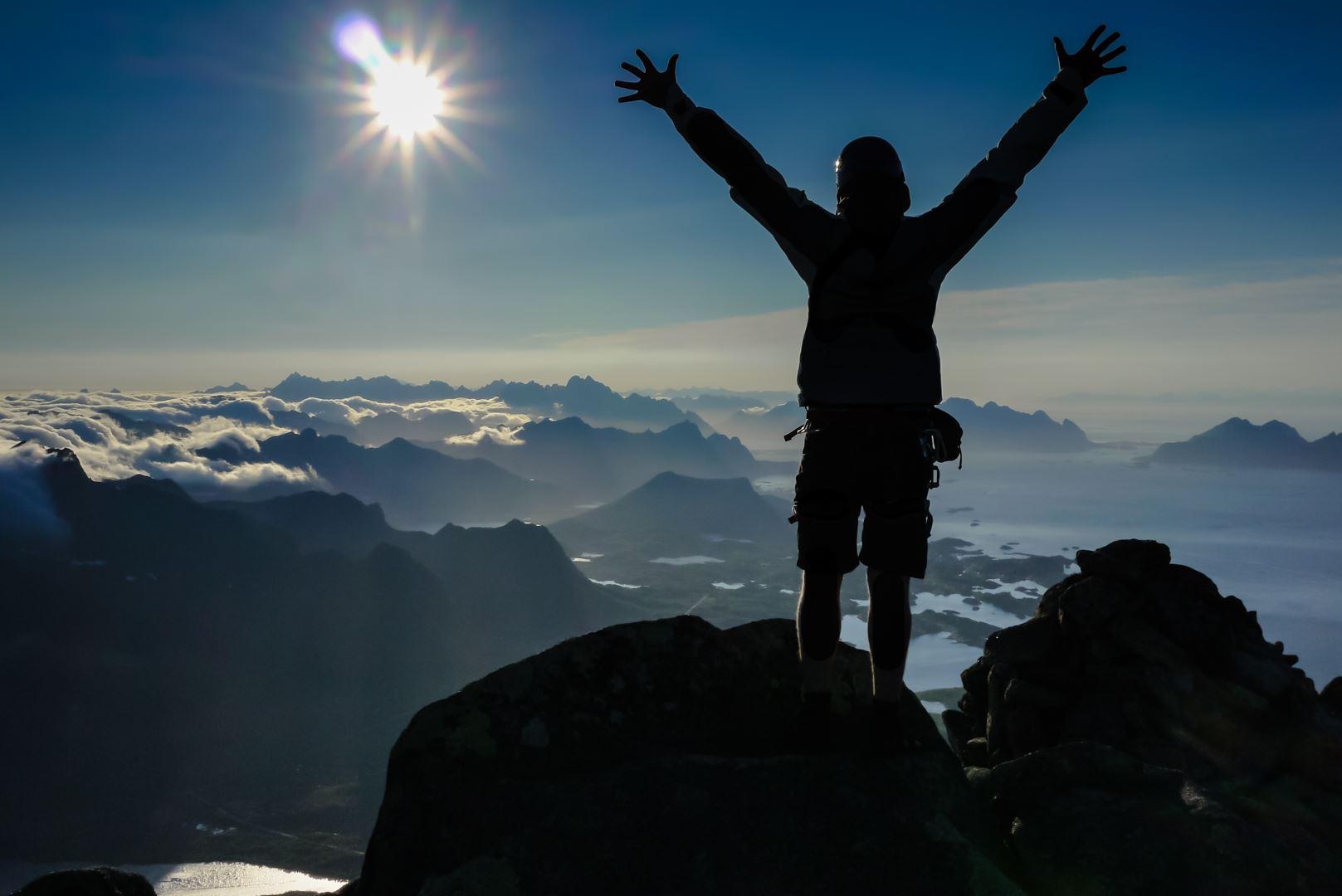 © Northern Alpine guides, Vågakallen – North Ridge with Northern Alpine guides
