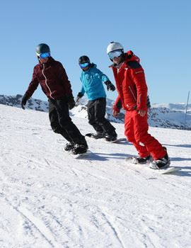 TEENAGERS/ADULTS/KIDS : ESF AFTERNOON GROUP SNOWBOARD LESSONS, FROM BEGINNER TO EXPERT