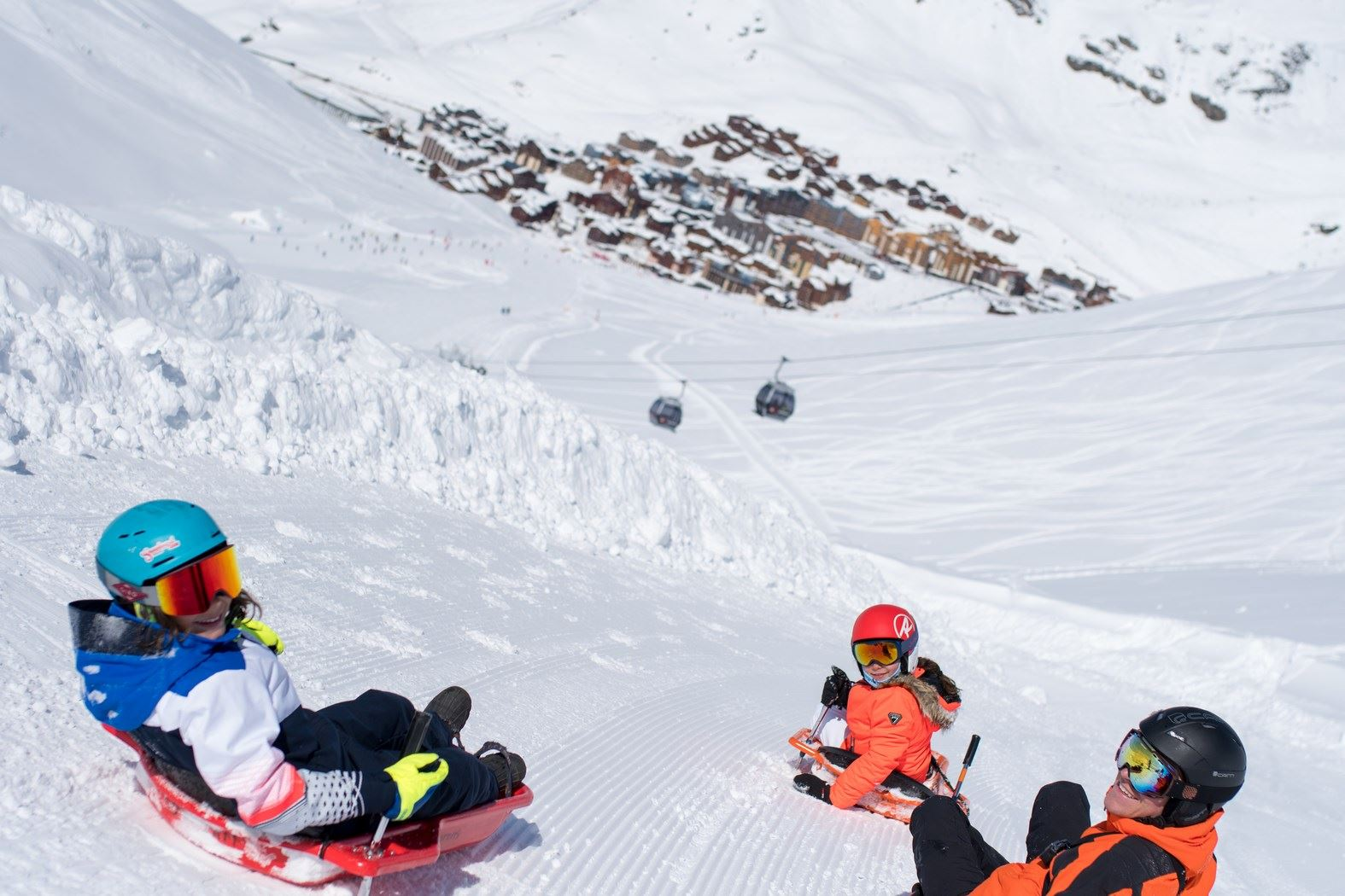 2 sledge runs - COSMOJET - descents during the day available for only one person