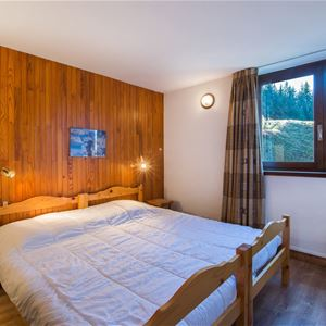 3 rooms 6 people ski-in ski-out / PRALONG 400 (mountain)