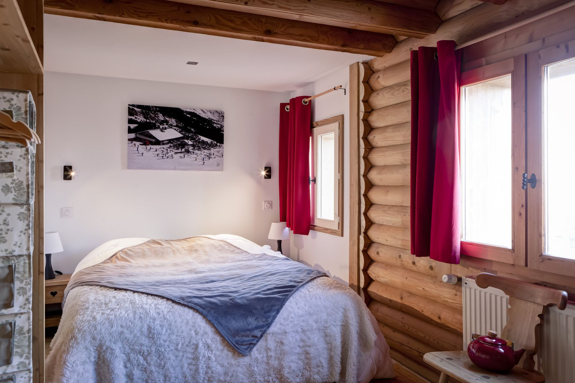 7 rooms, 15 people, ski-in ski-out / Chalet Orchis (Mountain)