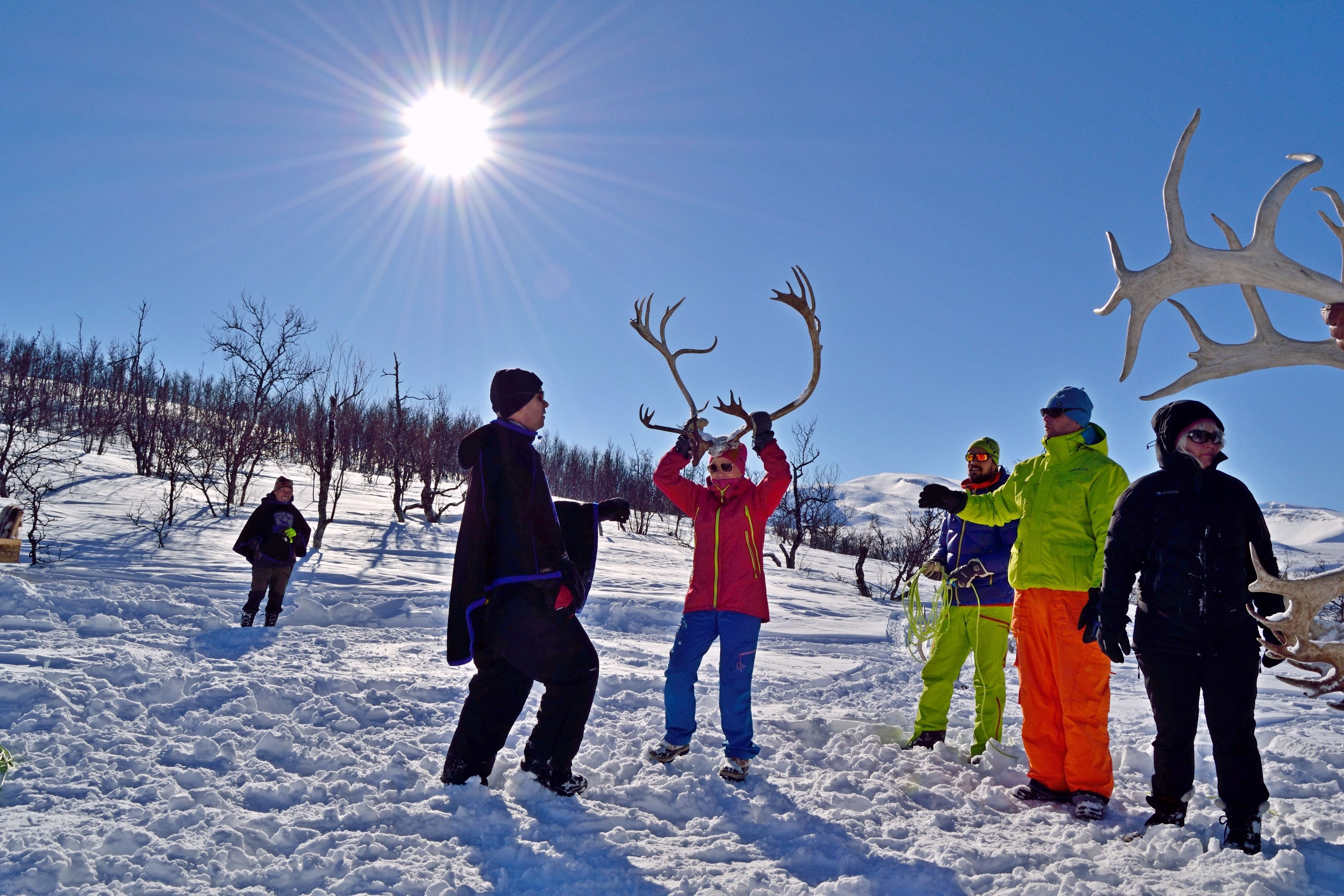 Day time reindeer experience with Njalasouka Adventures