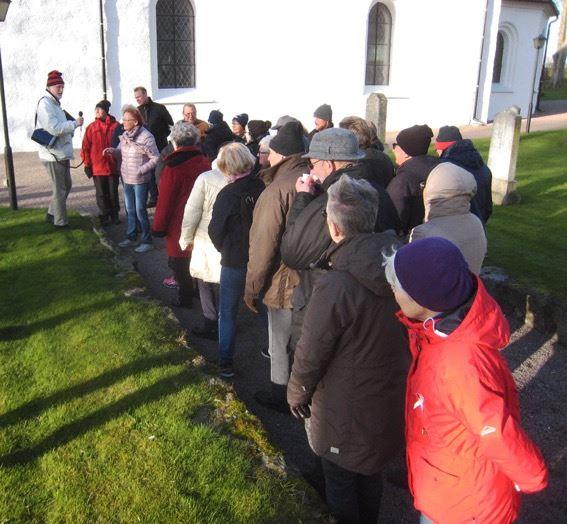 Kyrkogårdsvandring i Ausås