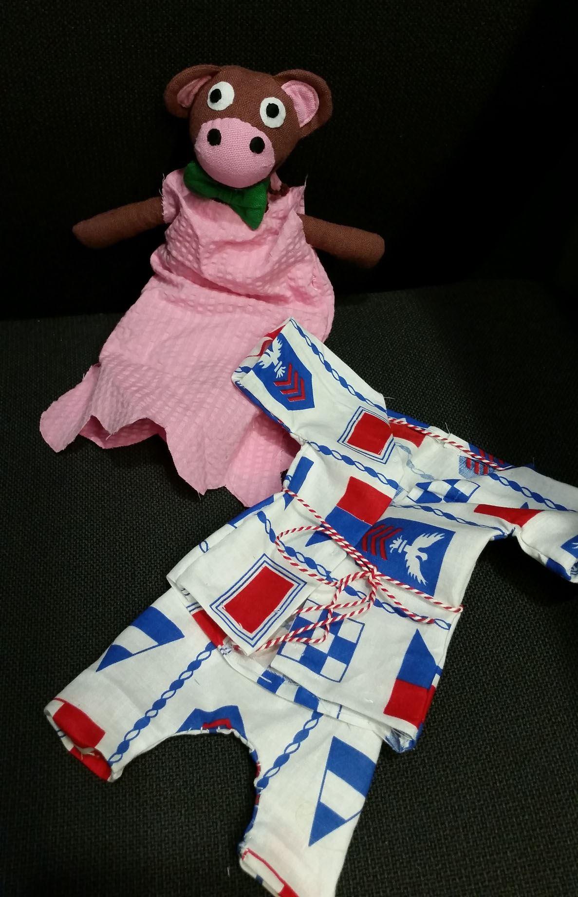 © Länsmuseet Gävleborg, Sy en pyjamas till ditt gosedjur