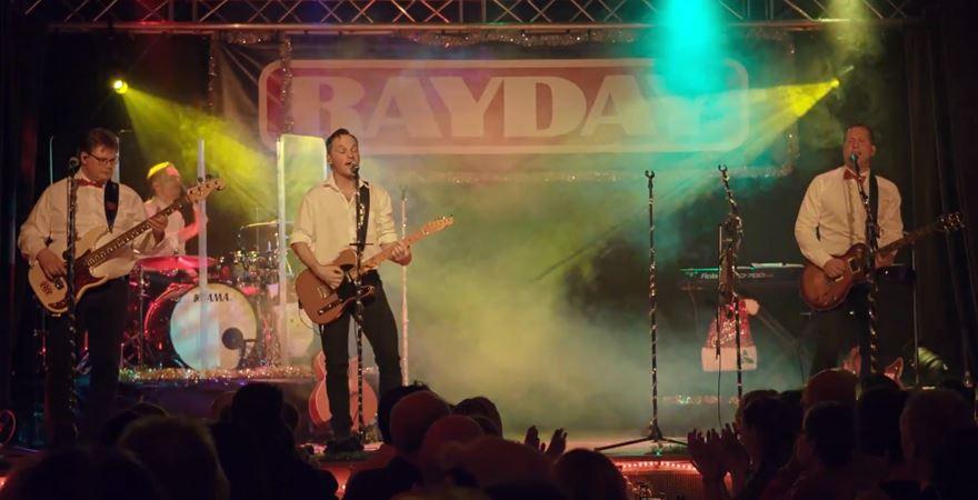 Julshow med Rayday