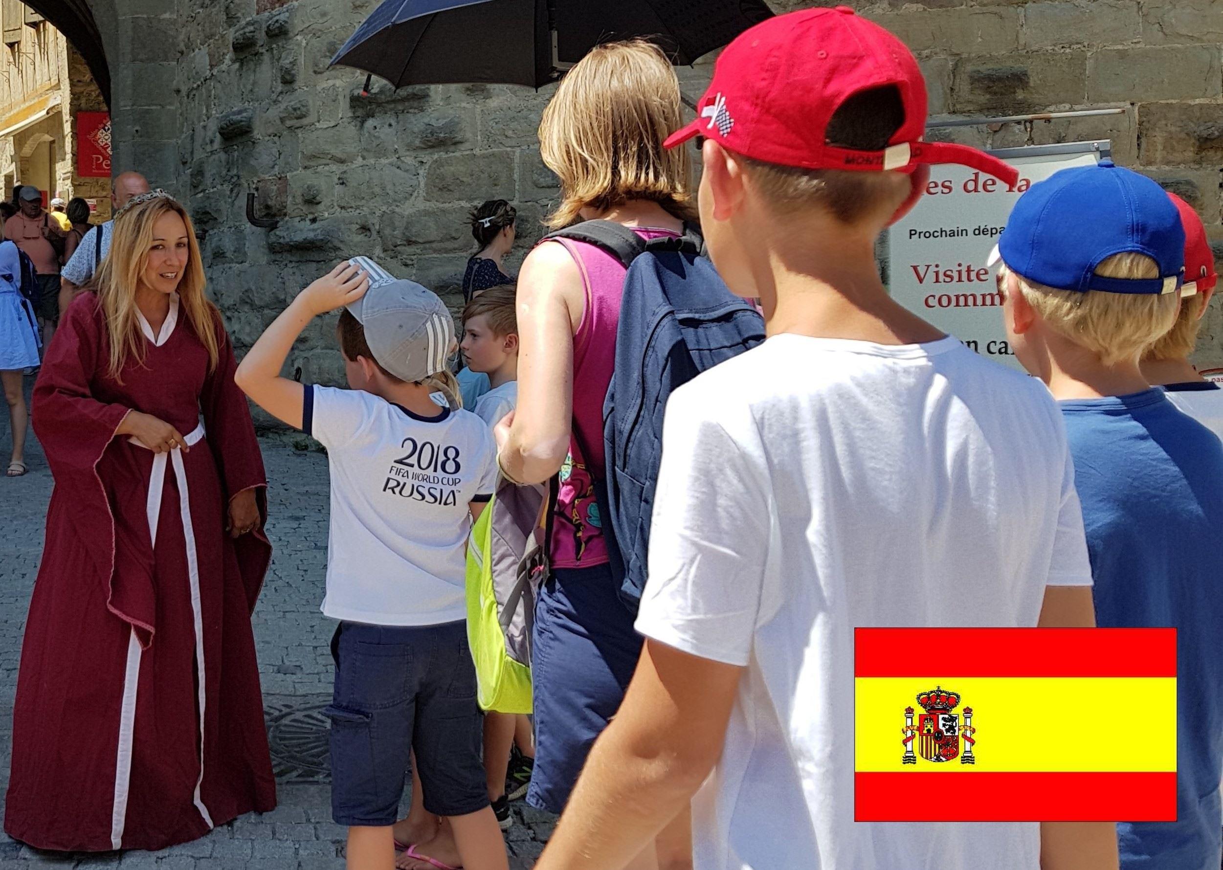 Visite guidée - Cité Médiévale - Visite Famille avec guide costumé - 1h - SP -Espagnol