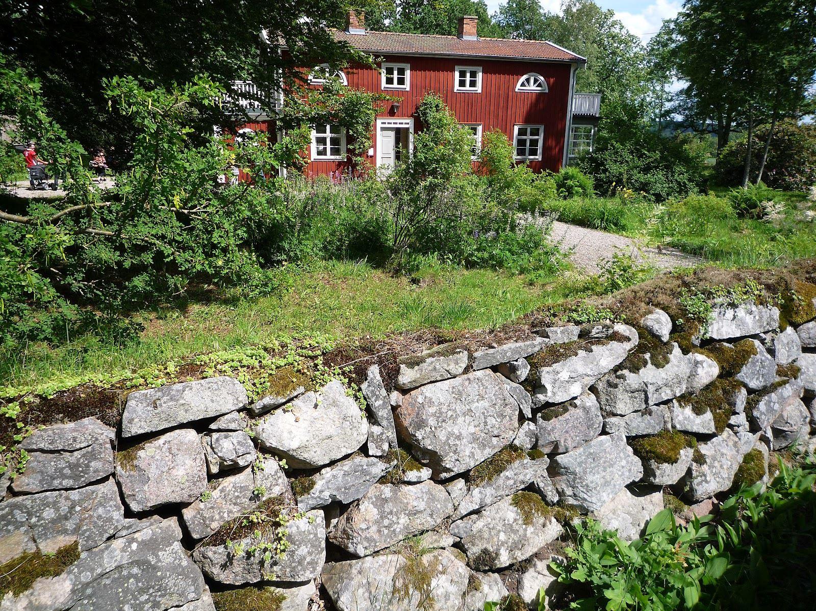 Nässelfrossa,  © Nässelfrossa, bild på författarhus i Olofström