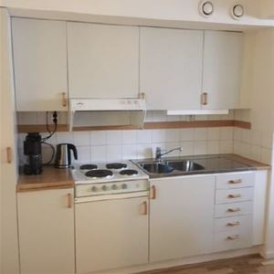 HL096 Room with kitchenette