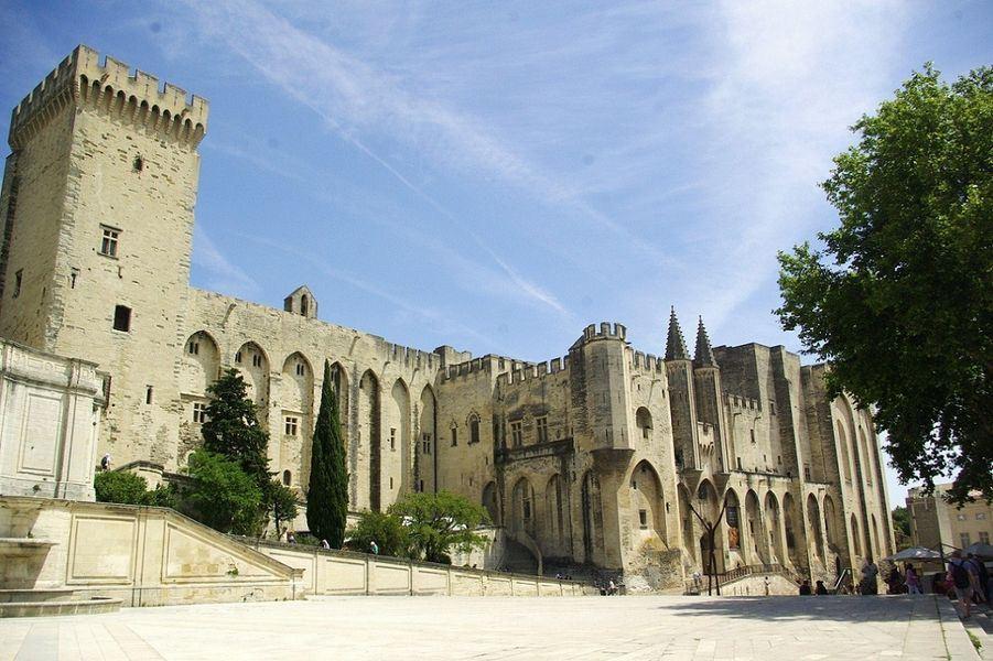 A la table du Pape d'Avignon