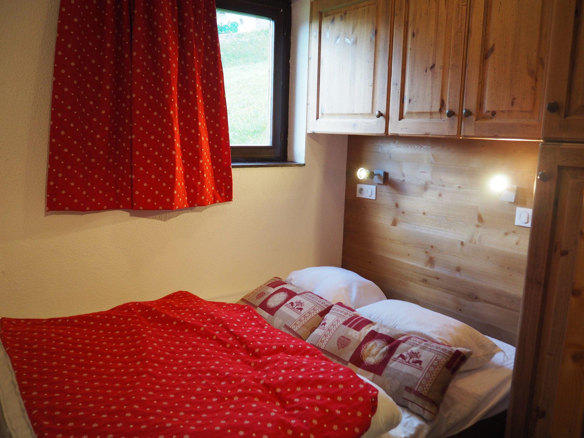4 Pers Studio Cabin, ski-in ski-out / SKI SOLEIL 1001