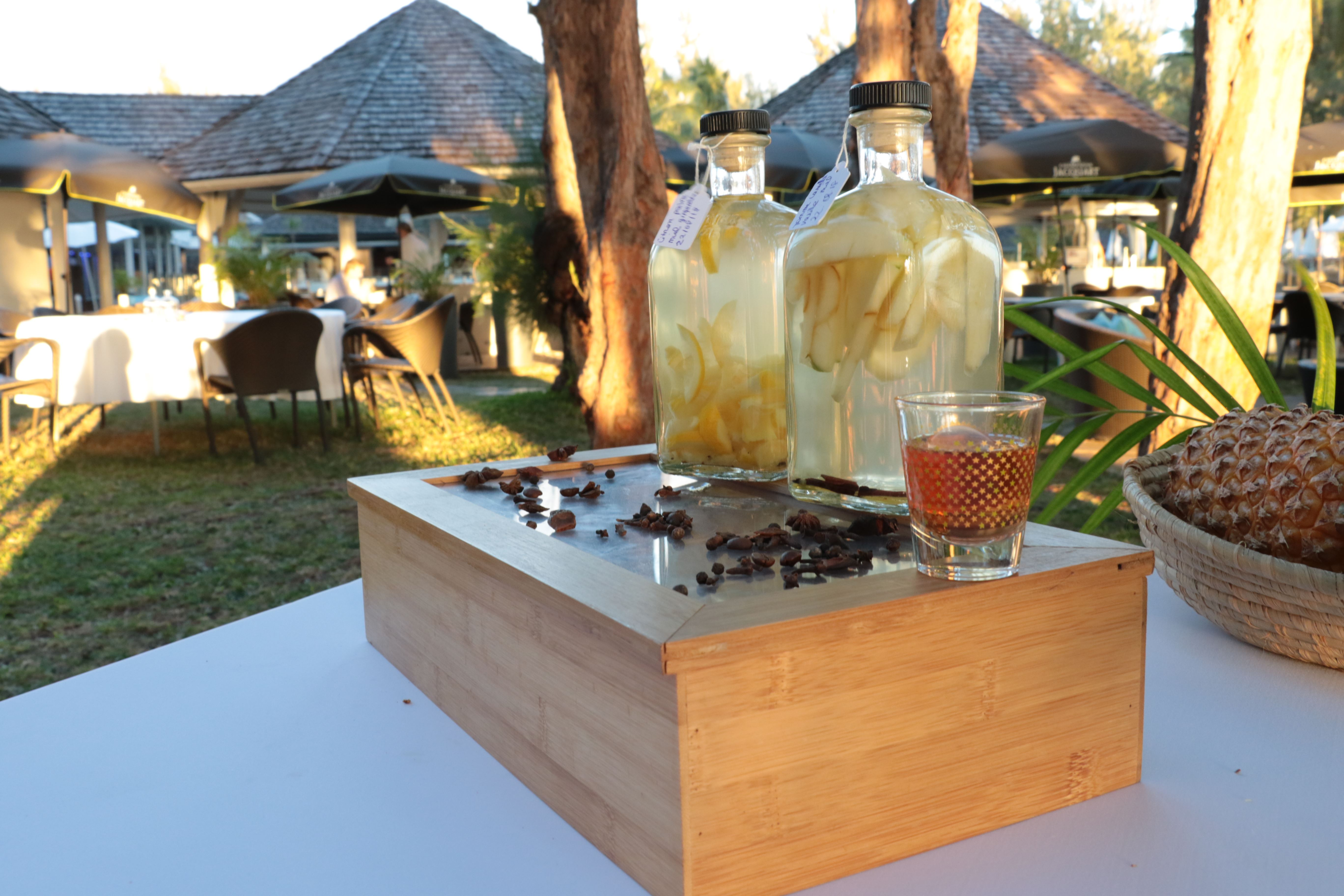 Zarlor Luxury Relaxation, Tranquillity and Bliss - Pack 2 : Evening by the lagoon