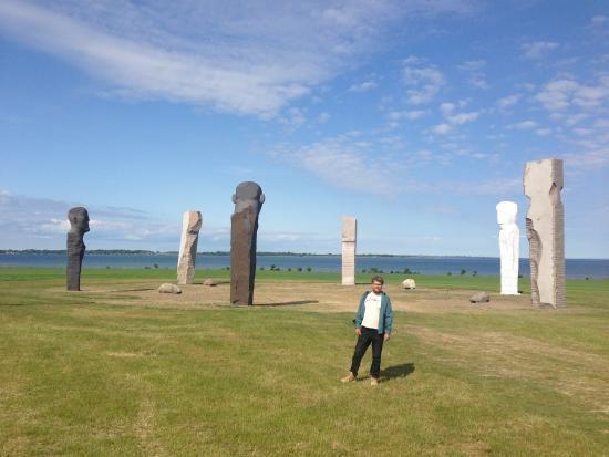 DODEKALITTEN - 2 nye stenfigurer afsløres søndag 30. september 2018 kl. 1500