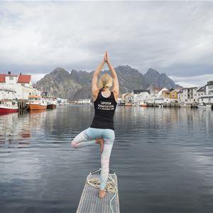 Kristin Folsland Olsen,  © Kristin Folsland Olsen, Yoga Henningsvær