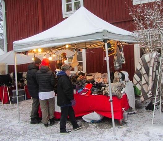 Julmarknad på Tossögården