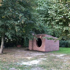 The brick shelter at Broagerland
