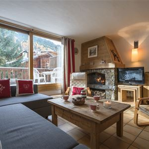 4 rooms 8 to 10 people / chalet Roc Mugnier
