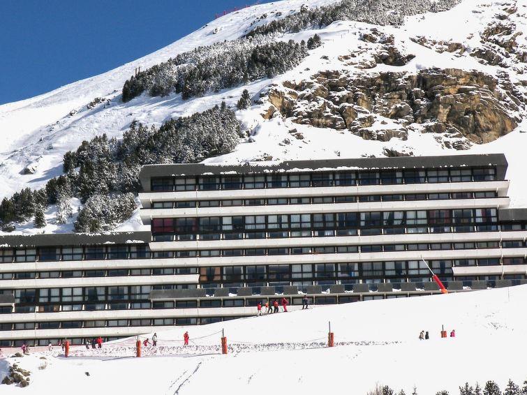 3 Room 7 Pers Ski-in Ski-out / LA CHALLE 635