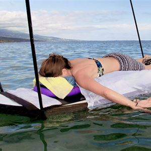 MASSAGE AND UNWIND ON THE WATER