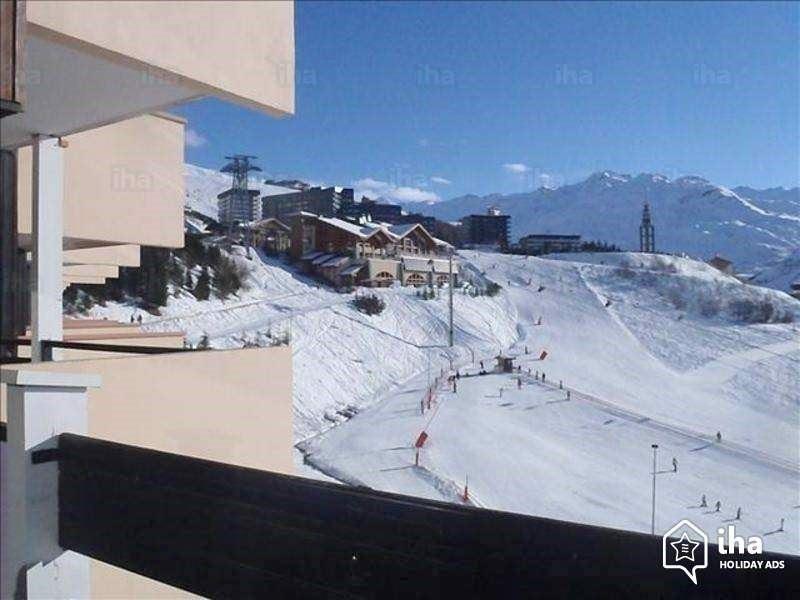 3 Pièces 6 Pers skis aux pieds / CARON 1018