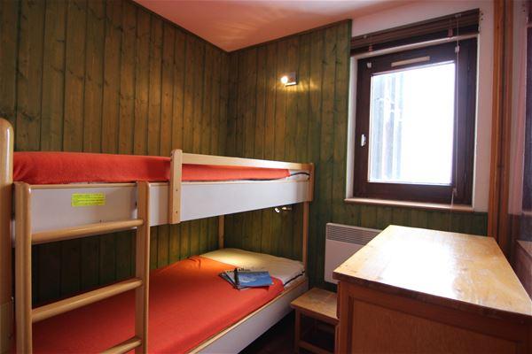 ESKIVAL 315 / STUDIO CABINE 4 PERSONNES - 1 FLOCON BRONZE - VTI