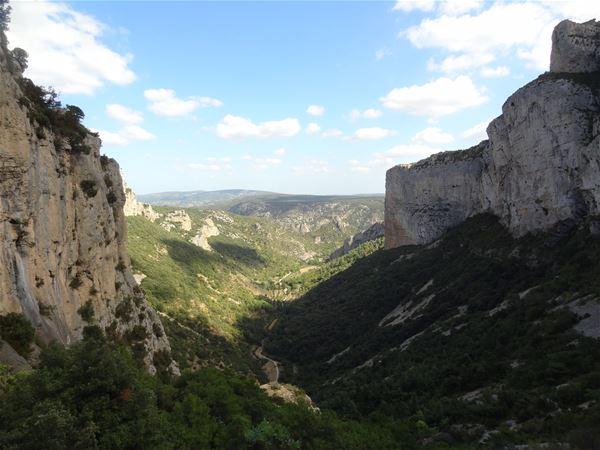 Crossing freedom: from Mont Saint Baudille to Saint Guilhem with Wisud