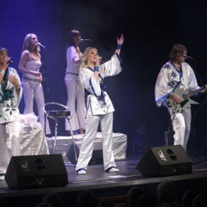 © Copy: http://www.abbastars.com/en/photo-gallery, ABBA STARS - WORLD ABBA TRIBUTE