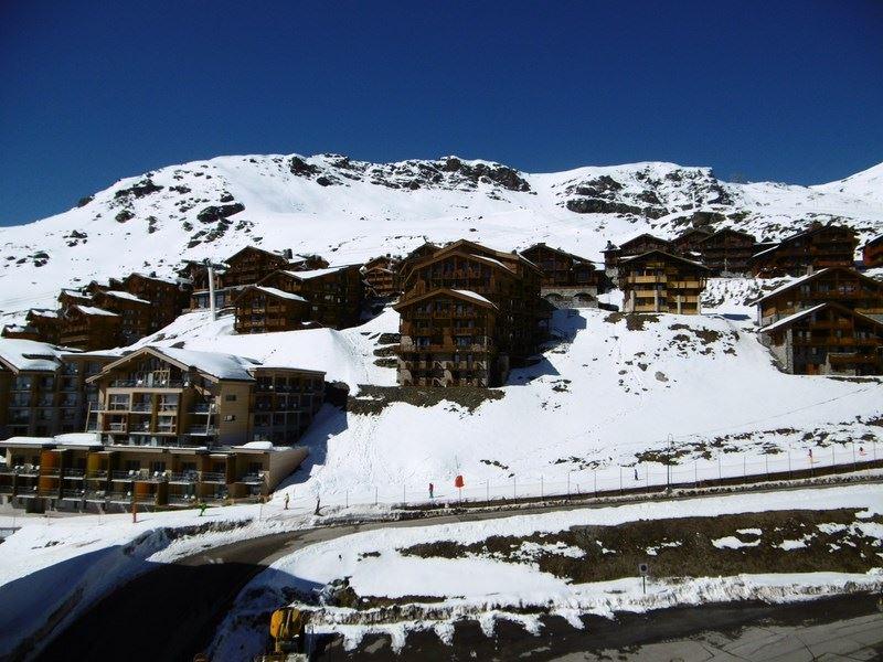 ARCELLE 214 / STUDIO 3 PERSONS - 1 BONZE SNOWFLAKE - CI
