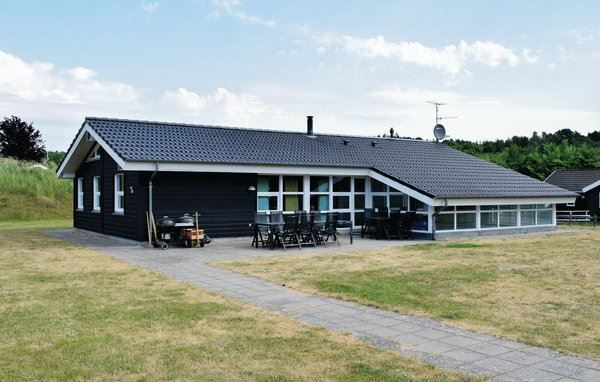 Lyngsbæk Strand - D16916