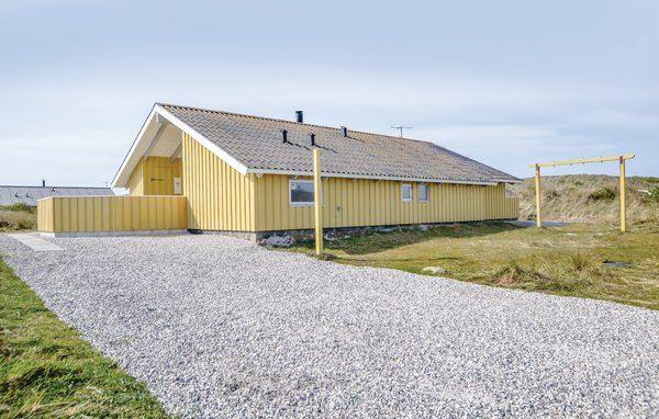 Bjerregård - P62594