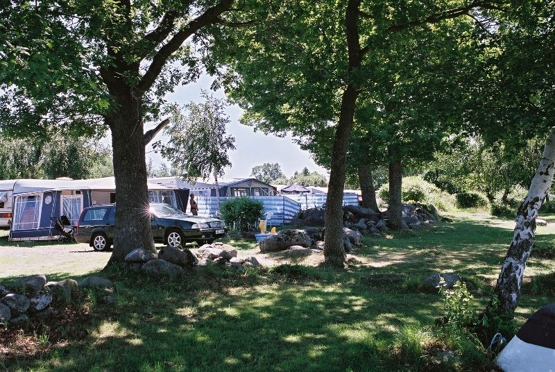 Campingpitch caravan/motorhome with electricity/Tv/water (100 m²)