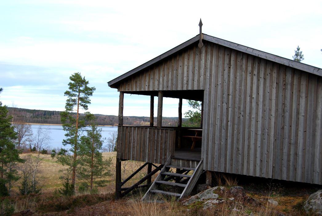 MLD008 Utsikten - with lake view.