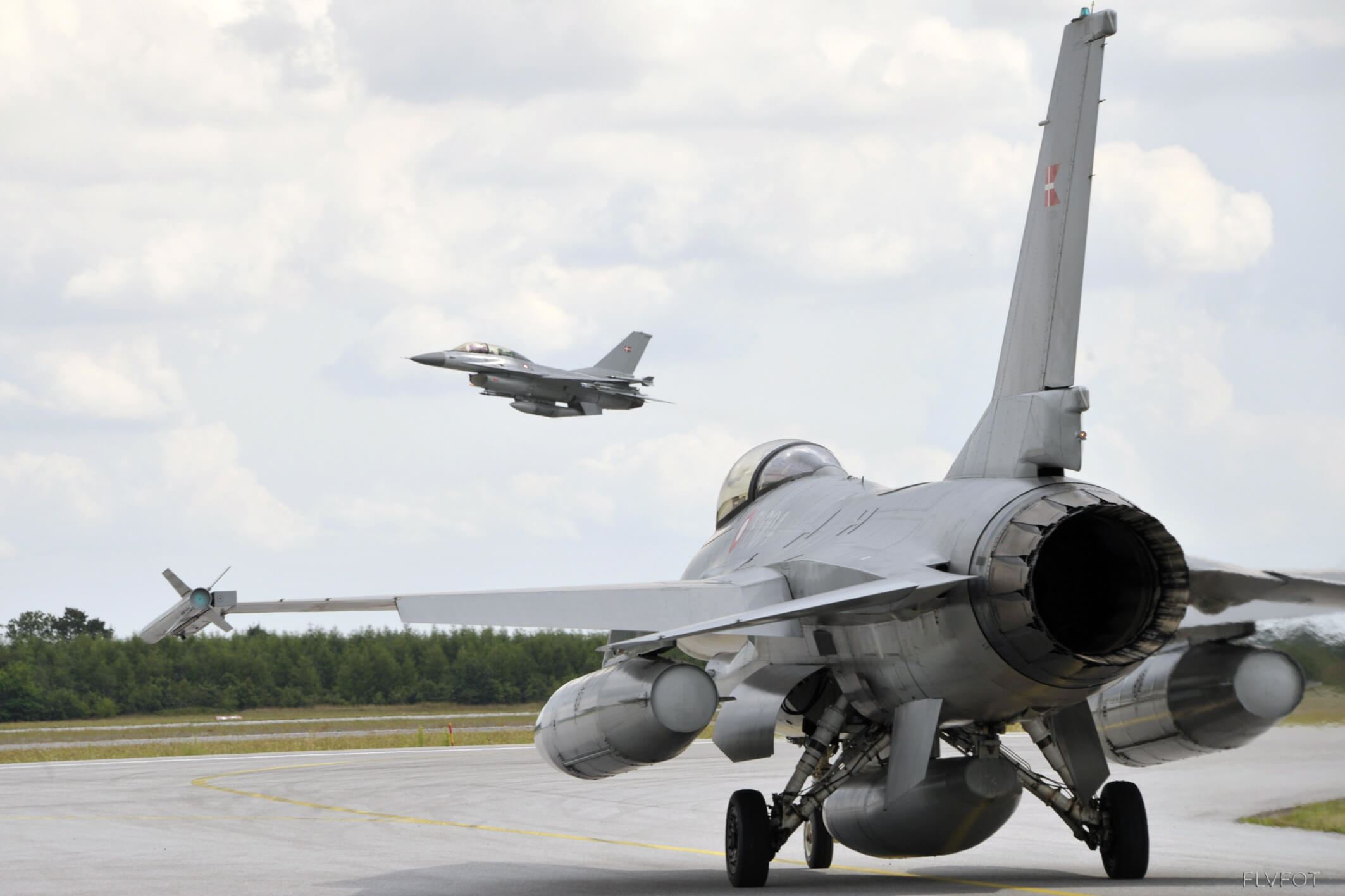 Get up close to an F16 fighter at Fighter Wing Skrydstrup