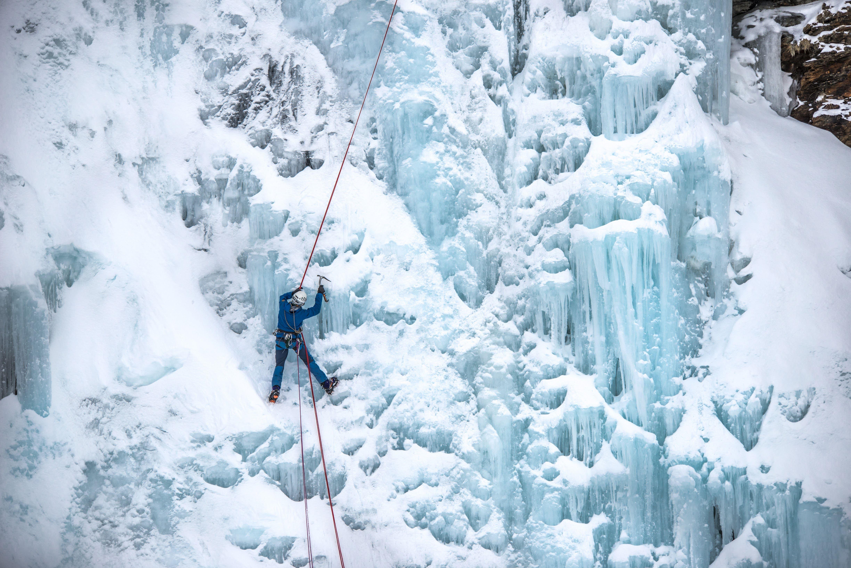 Jan Oliver Koch,  © Jan Oliver Koch, Ice climbing in Lyngen - Lyngen Adventure