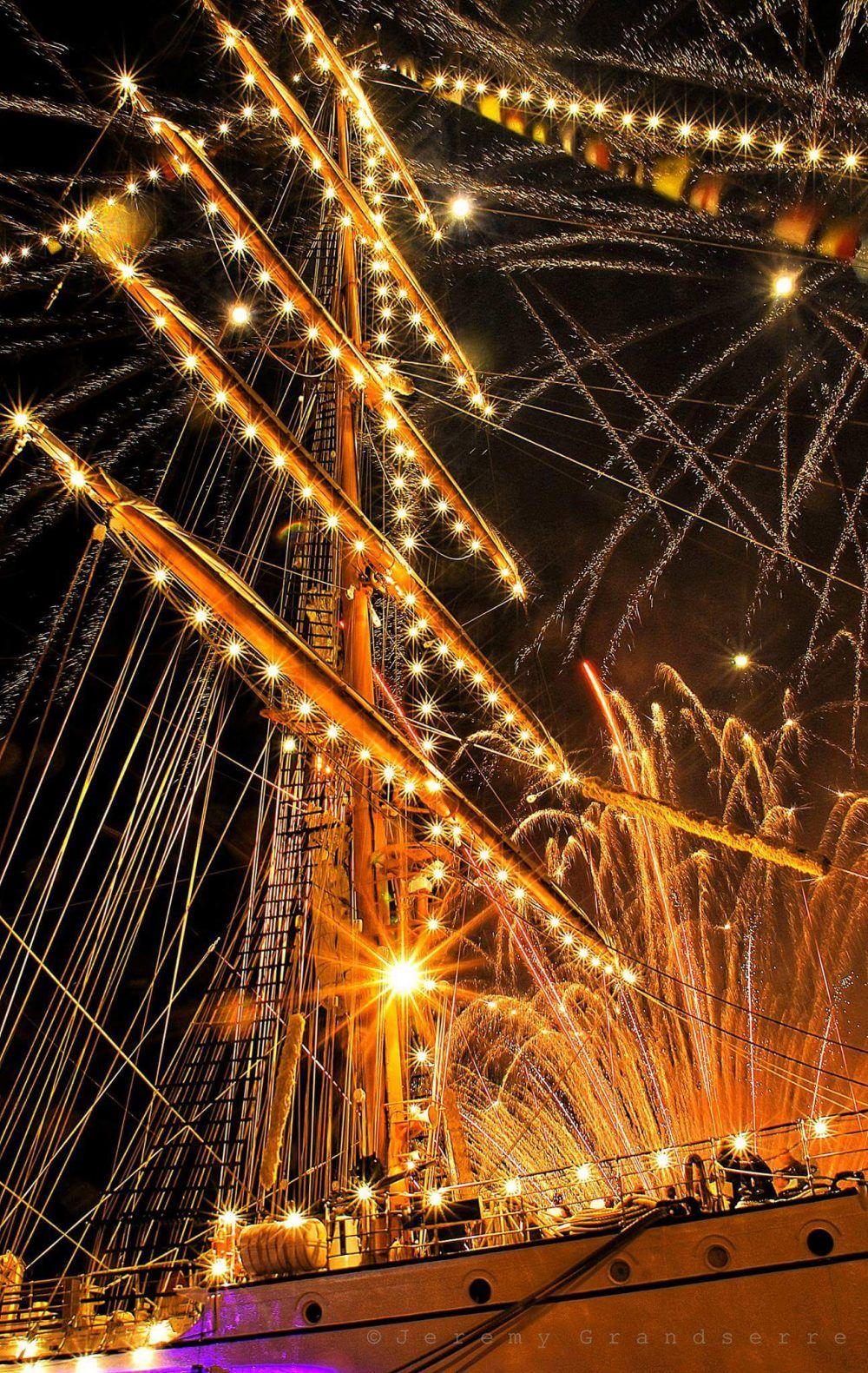 Croisière feu d'artifice à bord de La Lieutenance