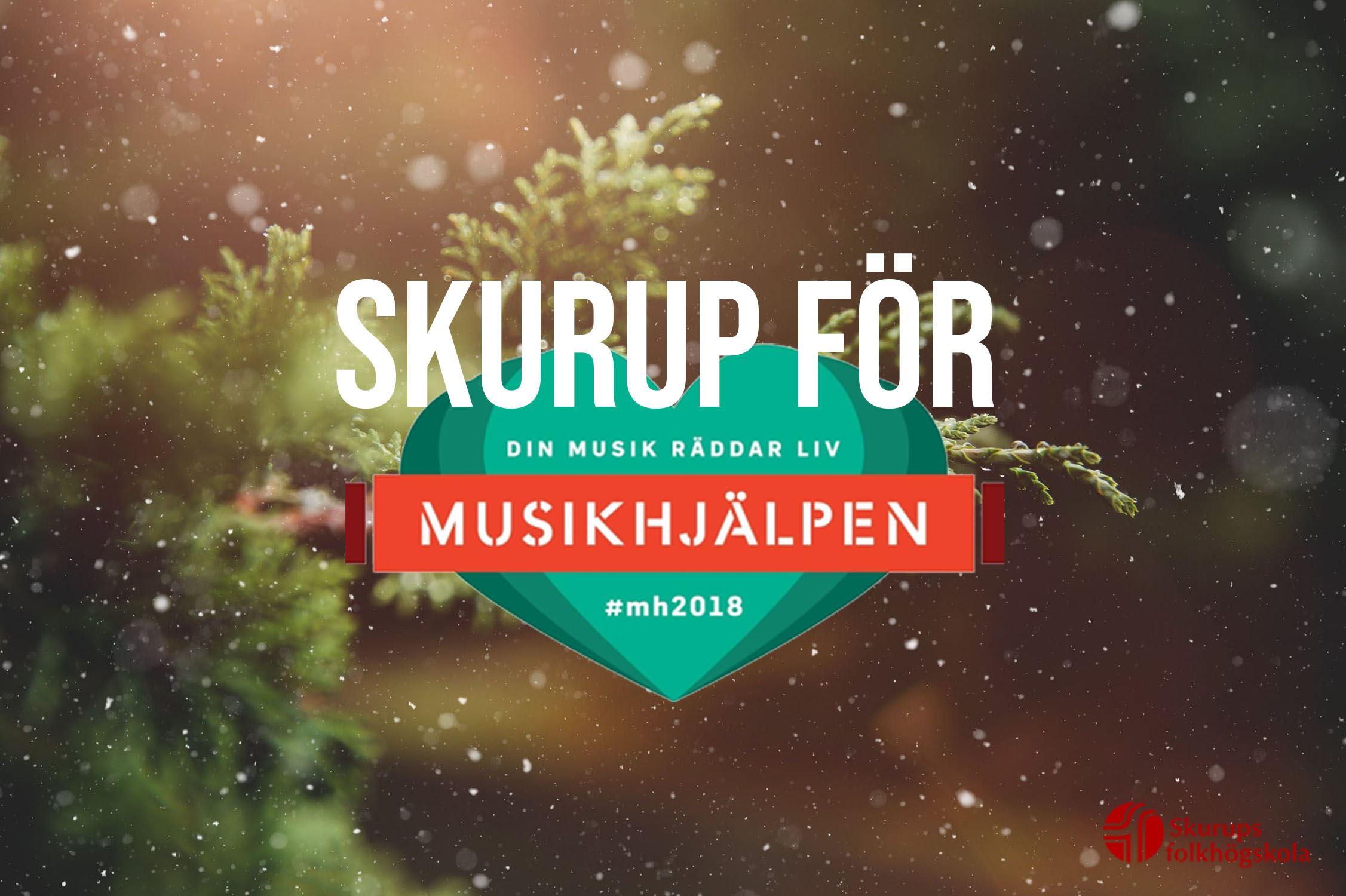 En julkonsert med musiker och uppträden från folkhögskolan och byn