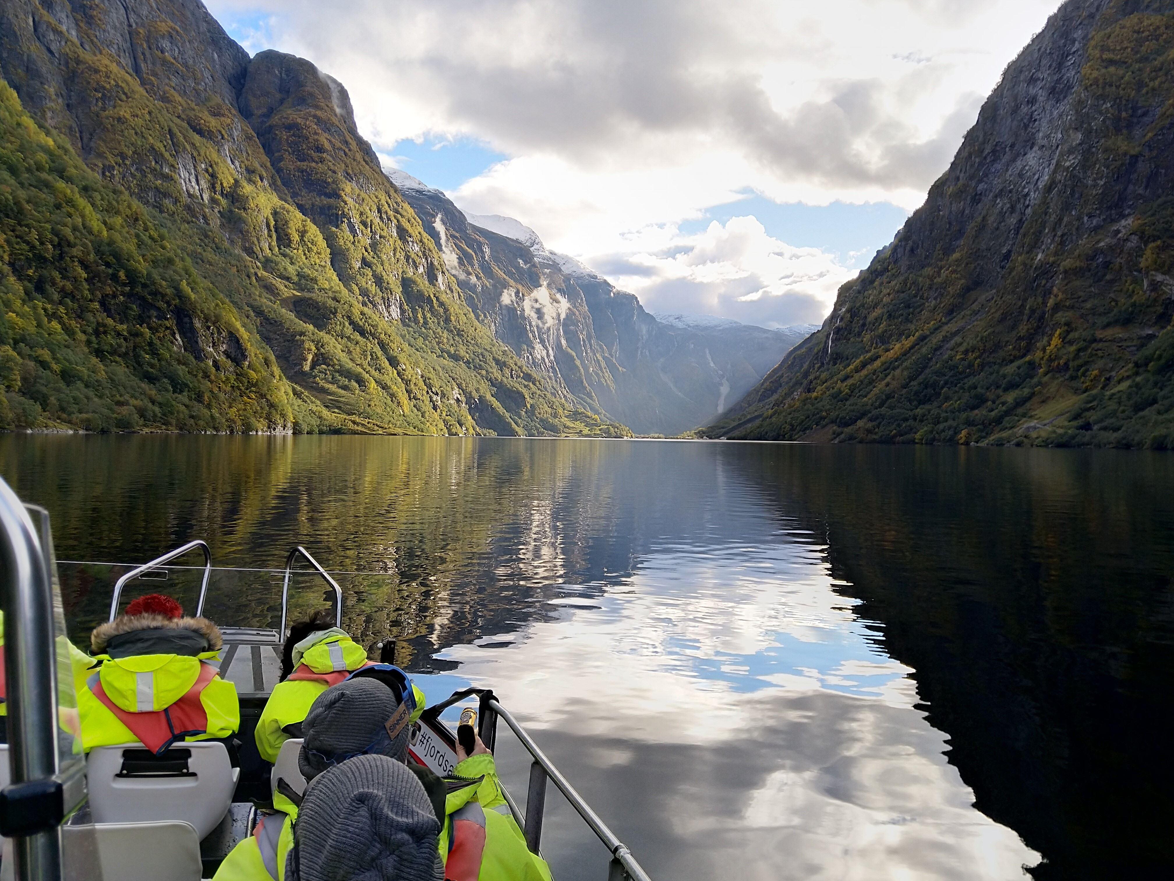 © Erik Giskeødegaard,  Heritage Fjordsafari og Ægir Viking Dinner