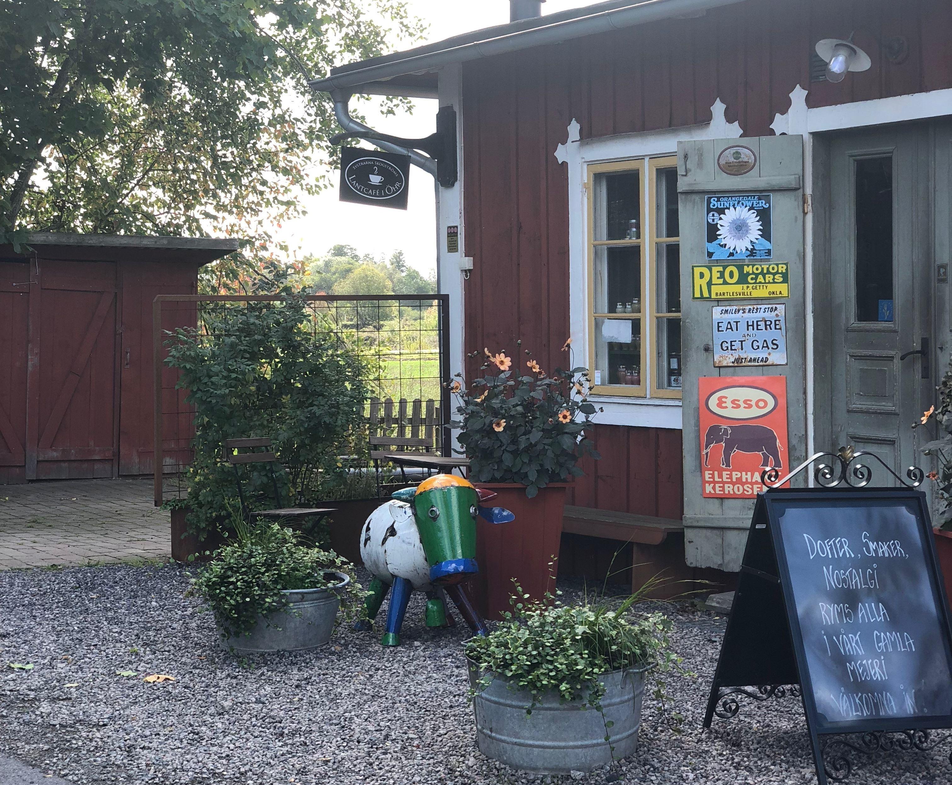 Systrarna Skogströms Lantcafé i Ör