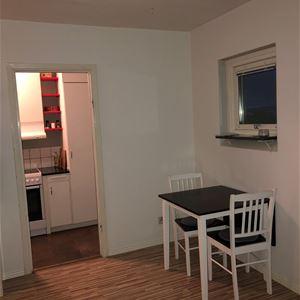 HL178 Apartment just outside city centre