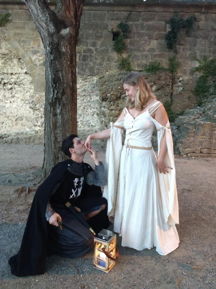 Location de costumes médiévaux pour adultes et enfants - Les Visites Enchantées - 3h
