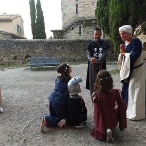 Alquiler de trajes medievales para adultos y niños - Les Visites Enchantées - 3h