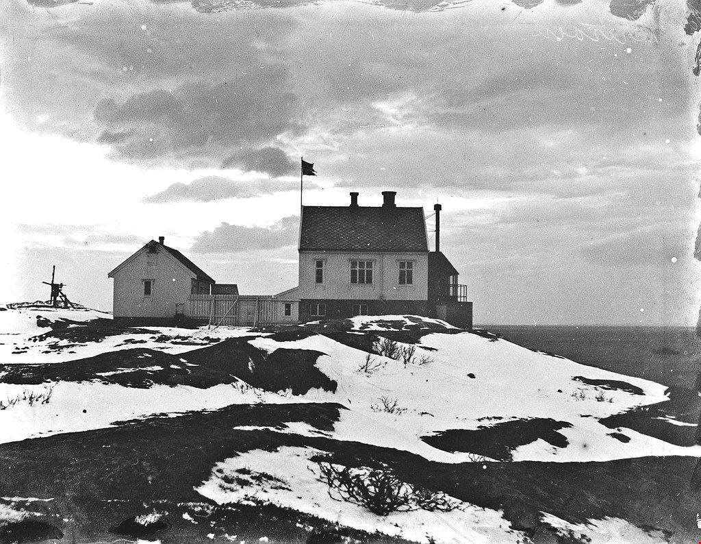 Barøy Lighthouse