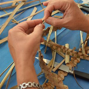 Palm weaving workshop at the Saint-Pierre Tourist Office