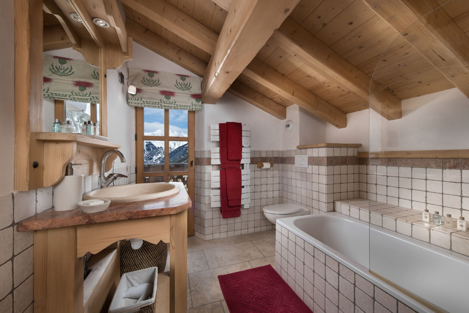 7 rooms 12 people ski-in ski-out / CHALET LEONIE